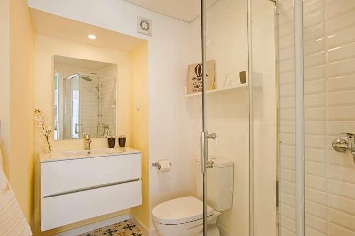 apartement ruang kamar mandi